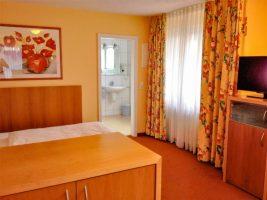 Apartment 2 Übergang Zu Schlafbereich + Bad