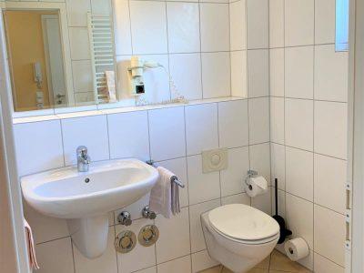 Apartment 3 Bad