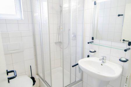 Hotelapartment mit Duschbad
