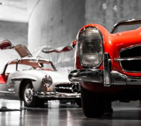 Mercedes Museum Stuttgart - white and red - Heilix Blechle